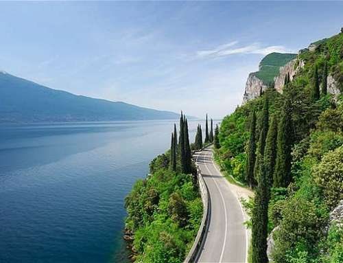 LAKES TRAIL: COMO AND GARDA